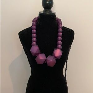 Chunky designer necklace with magnetic closure